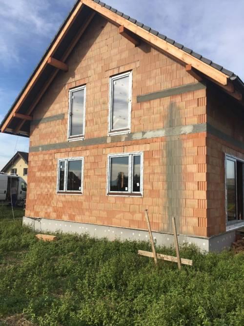 Novostavba - Frýdek - Místek, Staré Město - plastová okna, HS portál, domovní dveře Hörmann
