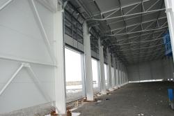 Sestavy plastových oken a garážové vrata - Hala - Pohořelice