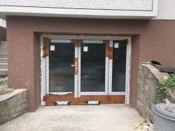 Dvoukřídlé hliníkové dveře - Frýdek - Místek, ul. Bruzovská