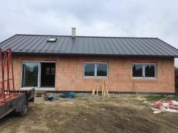 Novostavba Kunčičky u Bašky - plastová okna a vstupní dveře