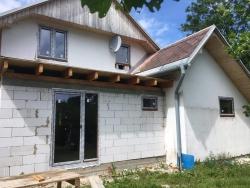 Plastová okna, domovní dveře - rekonstrukce RD - Bruntál
