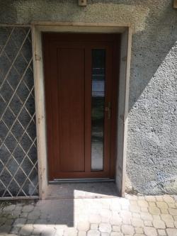 RD Metylovice, okr. Frýdek - Místek - vchodové dveře plastové