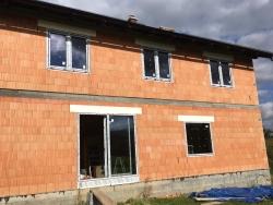 Novostavba Palkovice - plastová okna, výklopně posuvné dveře, vchodové dveře