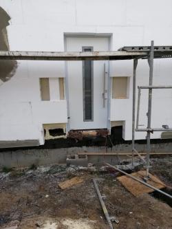 Novostavba Radůň, okr. Opava - domovní dveře Hörmann
