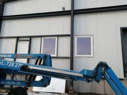 Výrobní hala - plastová okna a plastové dveře - Opava