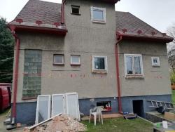 Plastová okna a vchodové dveře - rodinný dům - Frýdlant n.O.